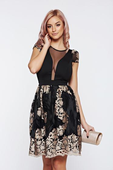 Fofy black dress occasional with deep cleavage with embroidery details