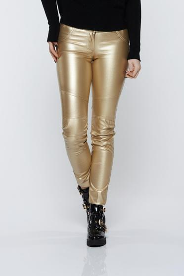 Ocassion gold trousers casual with metallic aspect with medium waist