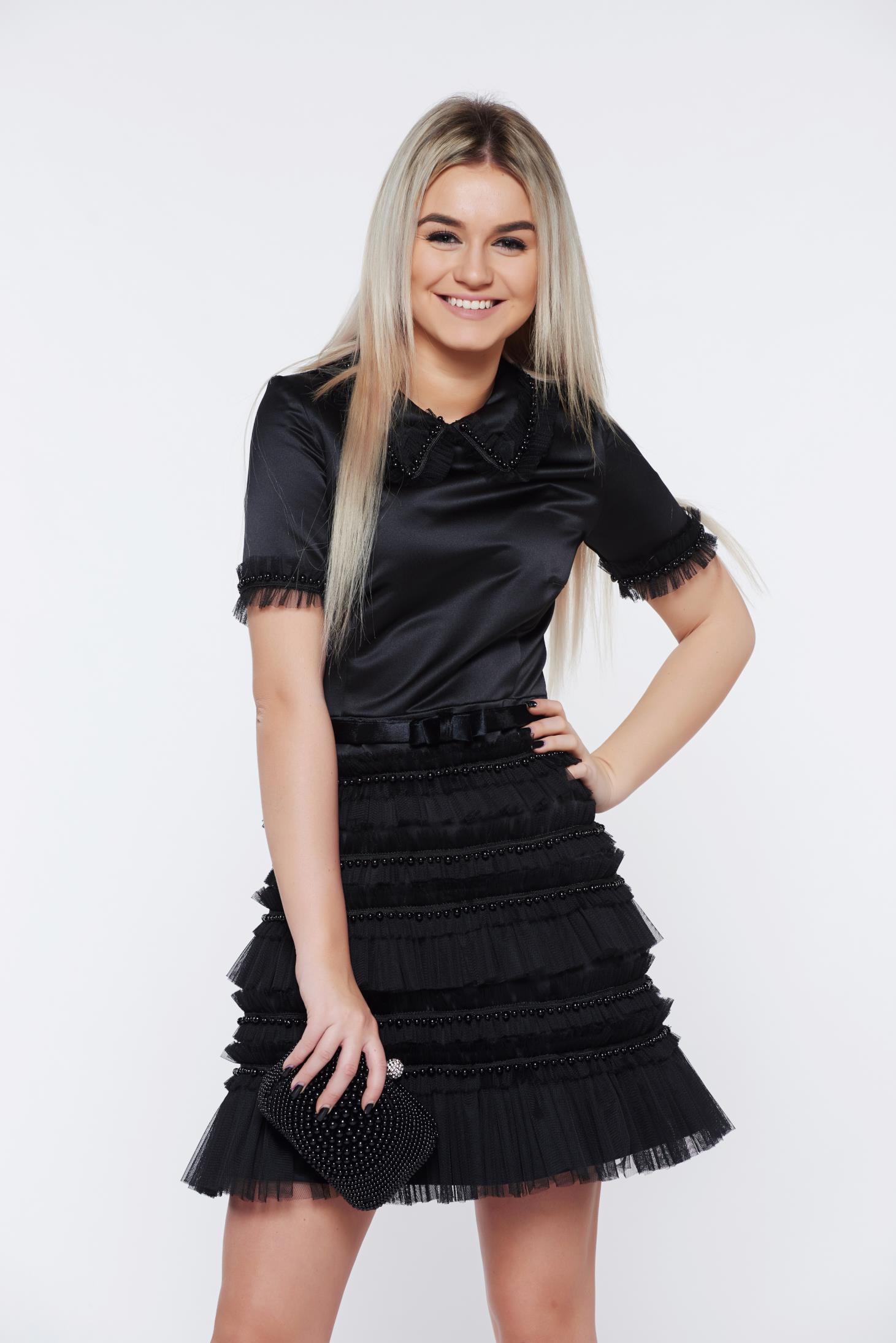 Fekete Ana Radu alkalmi harang ruha gyöngyös díszítéssel szatén anyagból 6e4e1eaf12