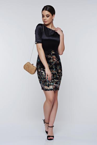 PrettyGirl black dress elegant pencil velvet with inside lining