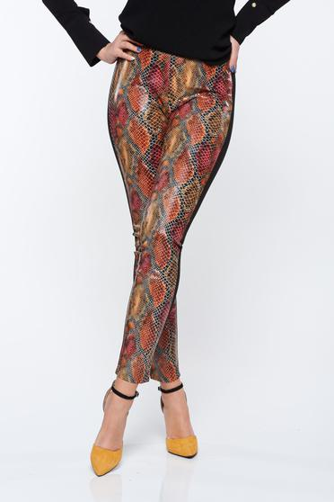 PrettyGirl brown trousers with medium waist with tented cut