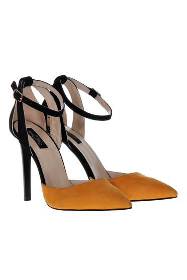 Stiletto elegant brown shoes with high heels natural leather