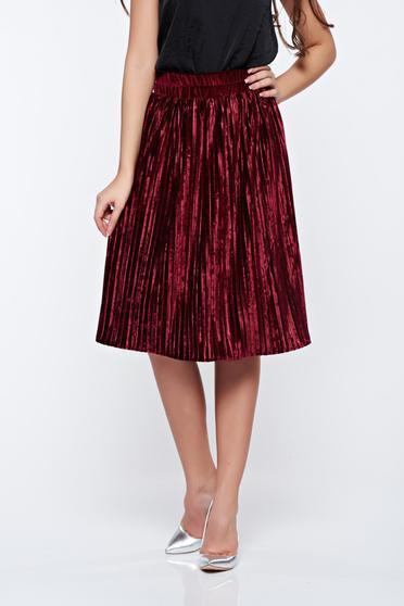 Artista burgundy skirt clubbing from velvet with elastic waist folded up