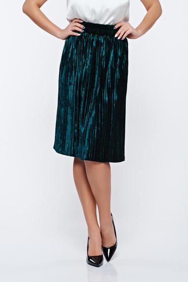 Artista green skirt clubbing from velvet with elastic waist folded up