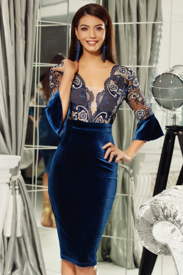 Fofy blue dress occasional velvet pencil with deep cleavage from laced fabric
