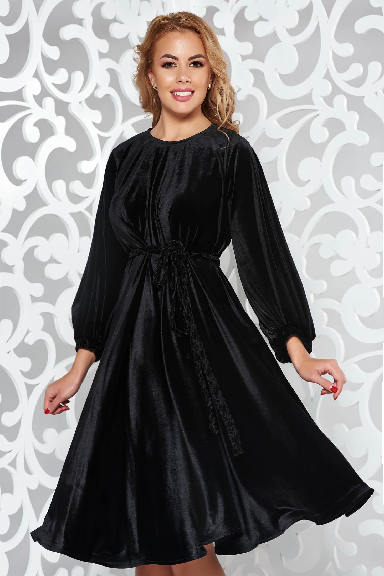 Fekete Artista alkalmi bő szabású bársony ruha 4a9a7c45e3
