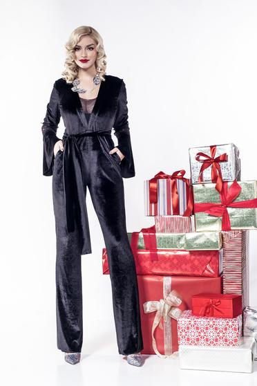 PrettyGirl black jumpsuit elegant velvet accessorized with tied waistband