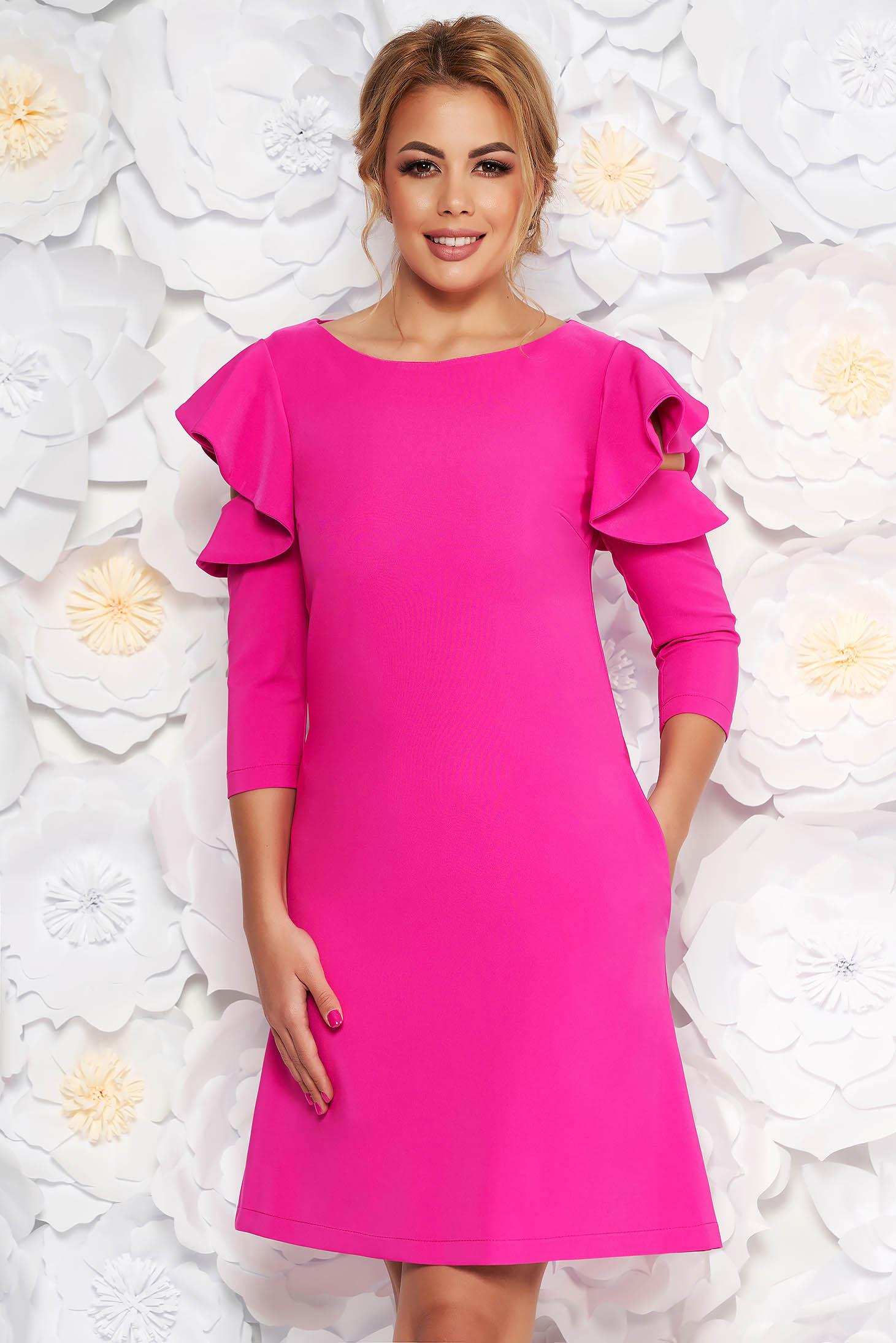 Rochie LaDonna roz eleganta de zi din stofa usor elastica cu croi in a si volanase la maneca