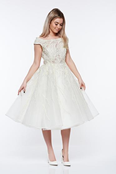 Ana Radu white luxurious cloche dress with pearls with small beads embellished details with inside lining