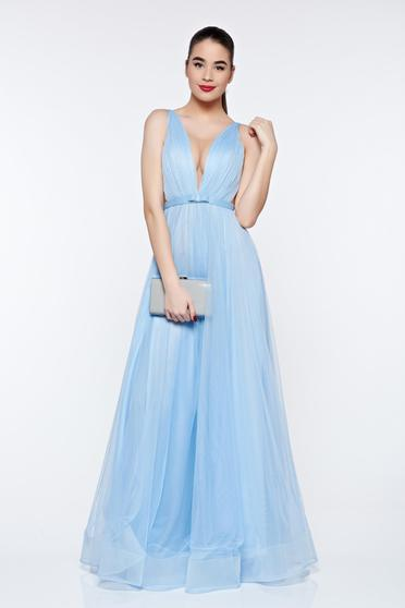 Ana Radu lightblue dress from tulle with inside lining with deep cleavage luxurious