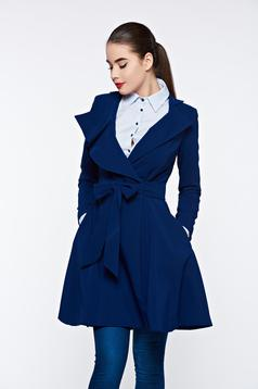 Artista blue trenchcoat with inside lining cloche accessorized with tied waistband