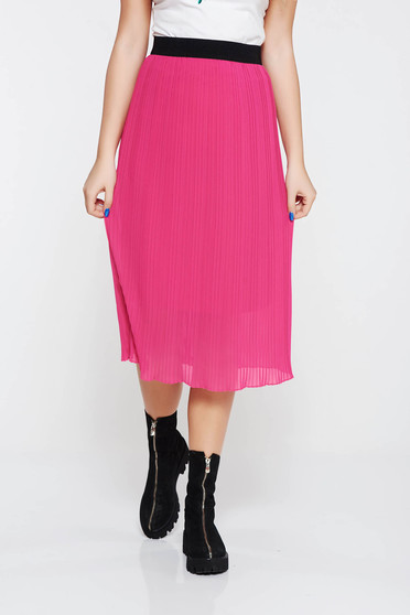 Pink skirt casual with elastic waist with inside lining folded up