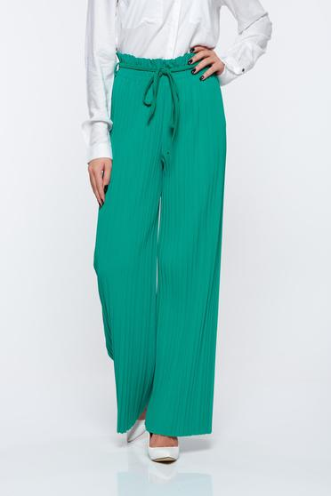 Green trousers airy fabric with elastic waist folded up high waisted