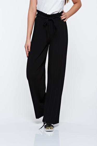 Black trousers airy fabric with elastic waist folded up high waisted