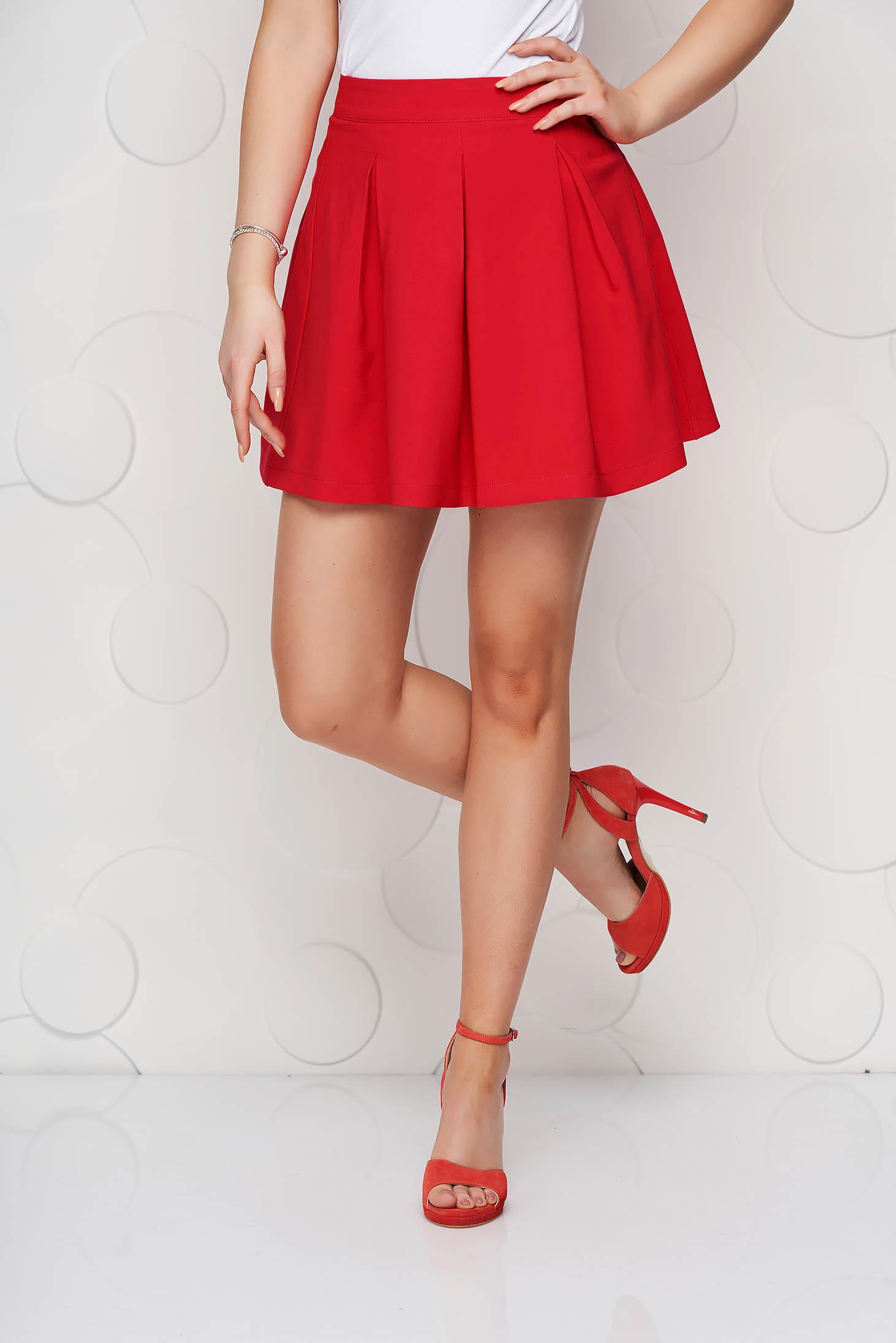 Piros casual harang szoknya enyhén rugalmas anyagból