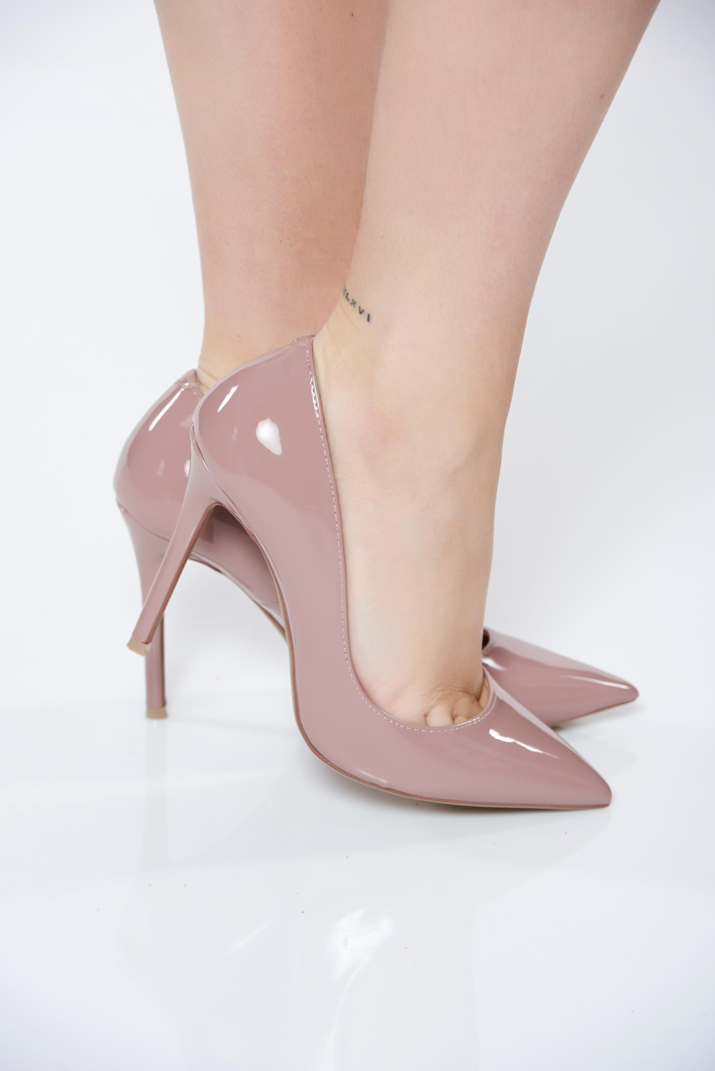 Purple with high heels elegant shoes slightly pointed toe ...