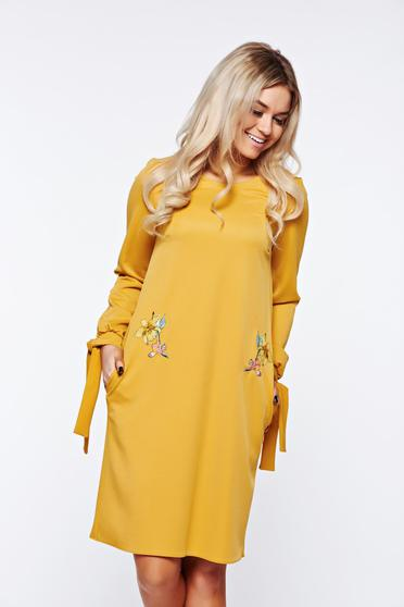 StarShinerS mustard dress elegant with pockets slightly elastic fabric embroidered