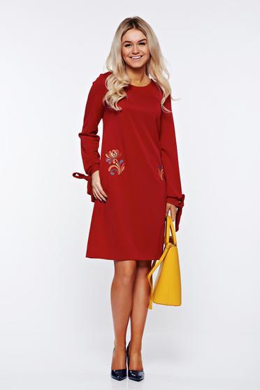 StarShinerS burgundy dress elegant with pockets slightly elastic fabric embroidered