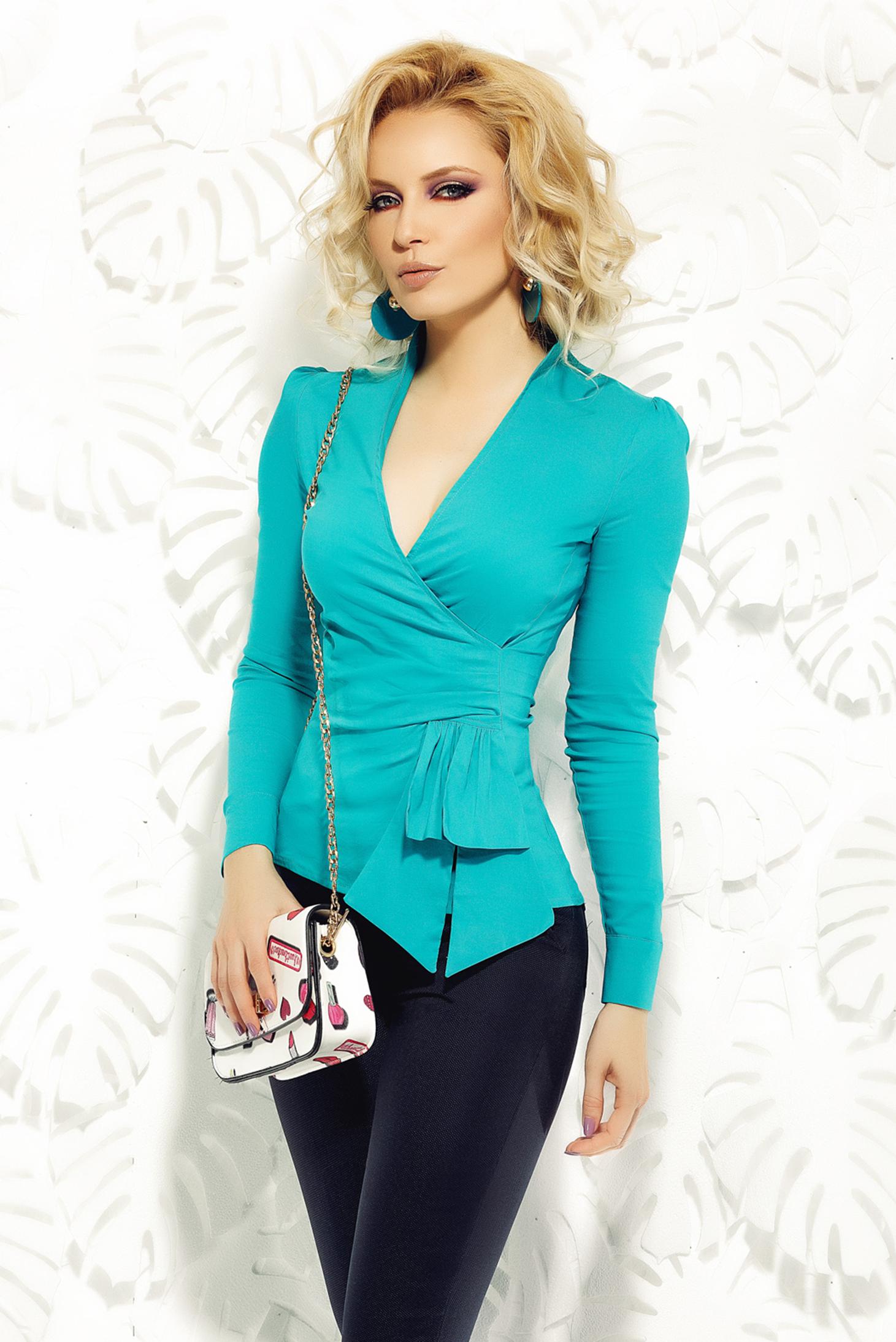 Zöld Fofy irodai pamutból készült női ing v-dekoltázzsal
