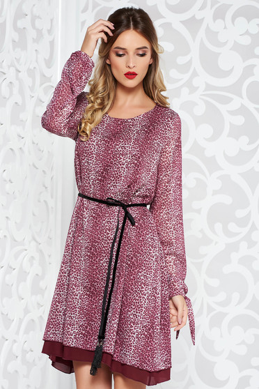 StarShinerS purple dress daily from veil fabric flared with inside lining accessorized with tied waistband