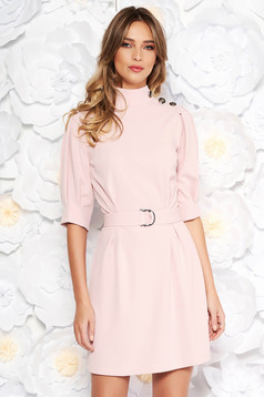 Artista rosa dress elegant with puffed sleeves accessorized with tied waistband from elastic fabric