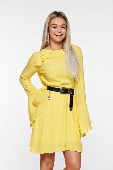 PrettyGirl yellow dress bare back voile fabric with bell sleeve with inside lining