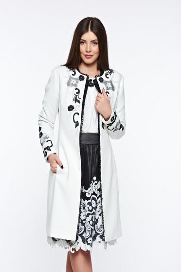 LaDonna white elegant embroidered trenchcoat handmade applications with inside lining