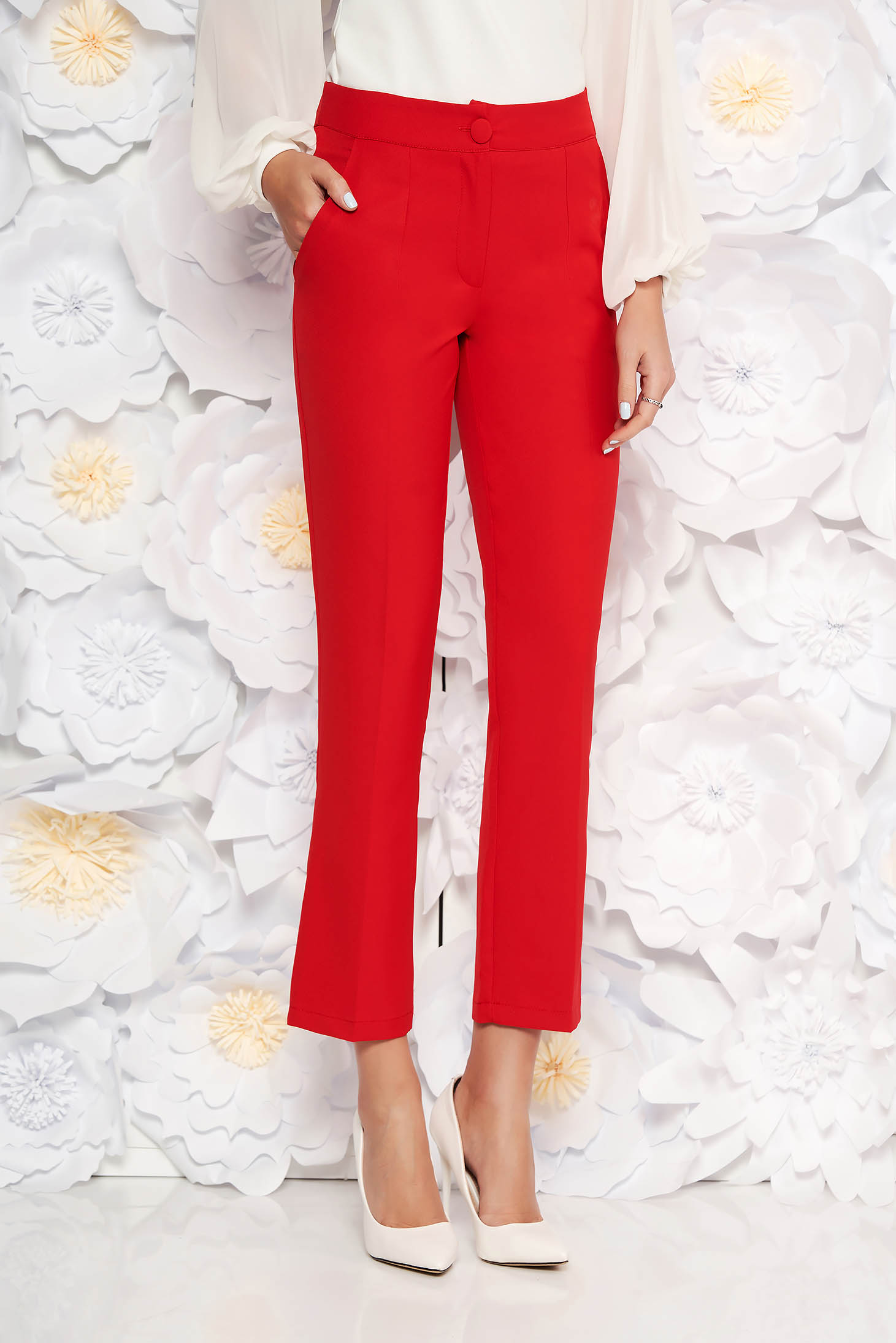 Red office trousers with pockets medium waist slightly elastic fabric with straight cut