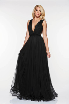 Ana Radu black luxurious dress with inside lining with lace details from tulle