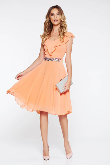 StarShinerS peach from veil fabric cloche occasional dress with inside lining with ruffle details with embellished accessories