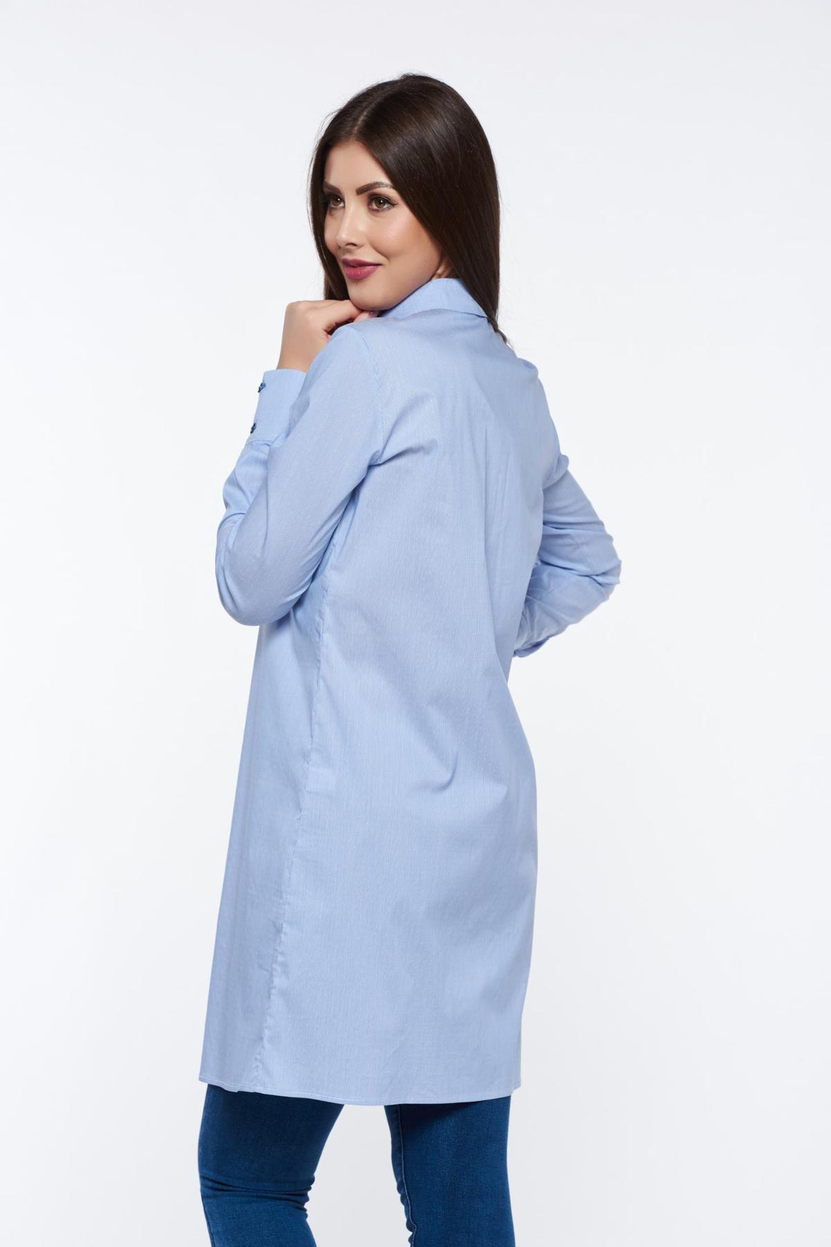 Camasa dama PrettyGirl albastra-deschis office lunga cu croi larg din bumbac accesorizata cu fundite