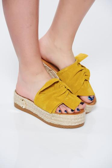 MissQ yellow slippers casual natural leather light sole