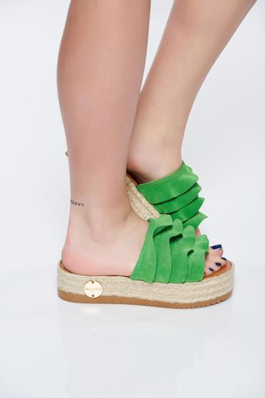 MissQ green slippers natural leather casual light sole