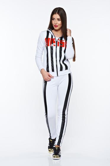 MissQ white set casual cotton with print details with undetachable hood