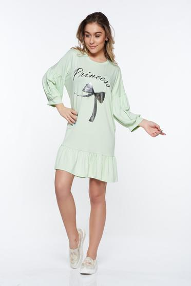 Lightgreen casual dress with easy cut from elastic fabric with ruffles at the buttom of the dress