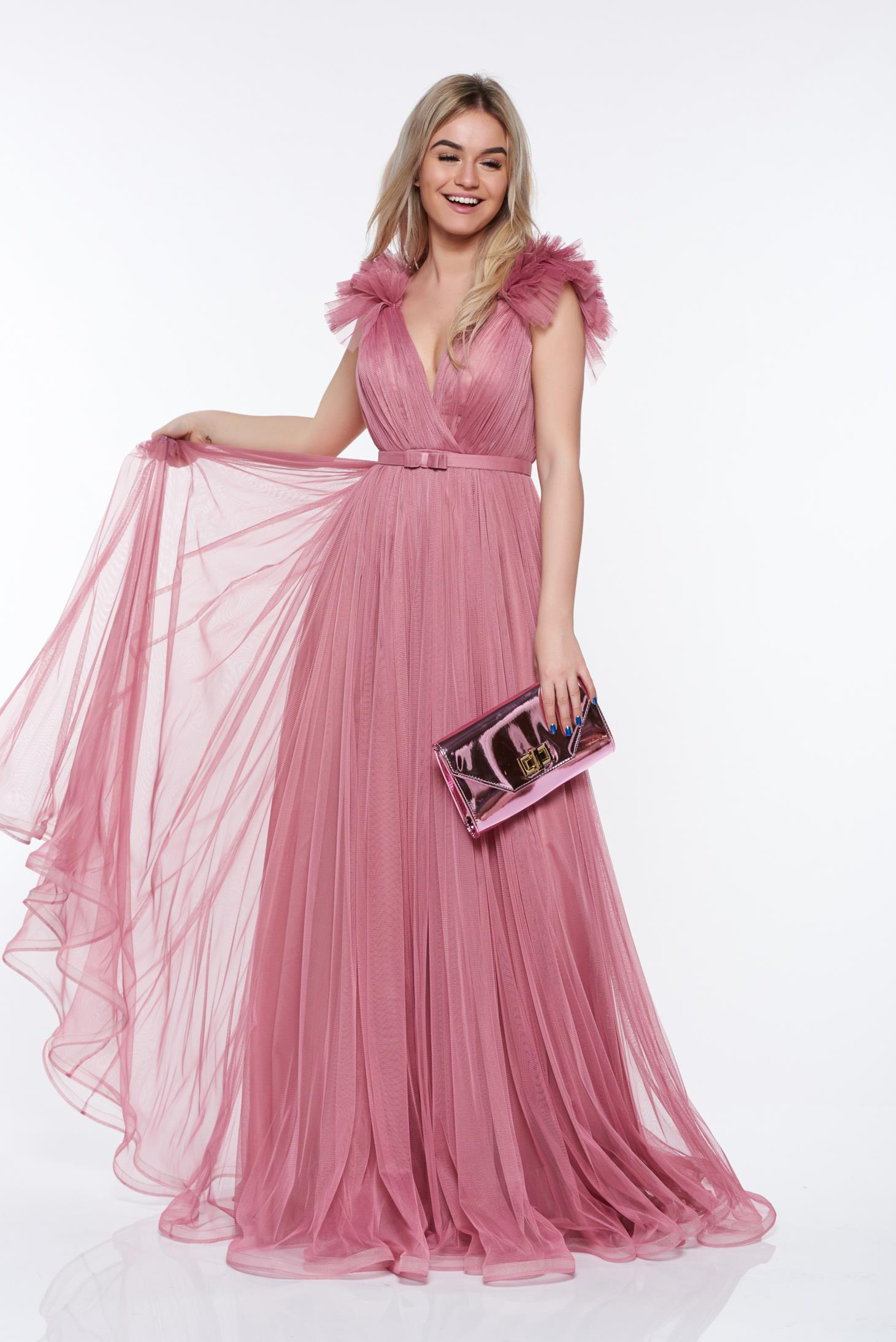 Rochie Ana Radu roz de lux cu decolteu adanc din tul captusita pe interior cu bust buretat