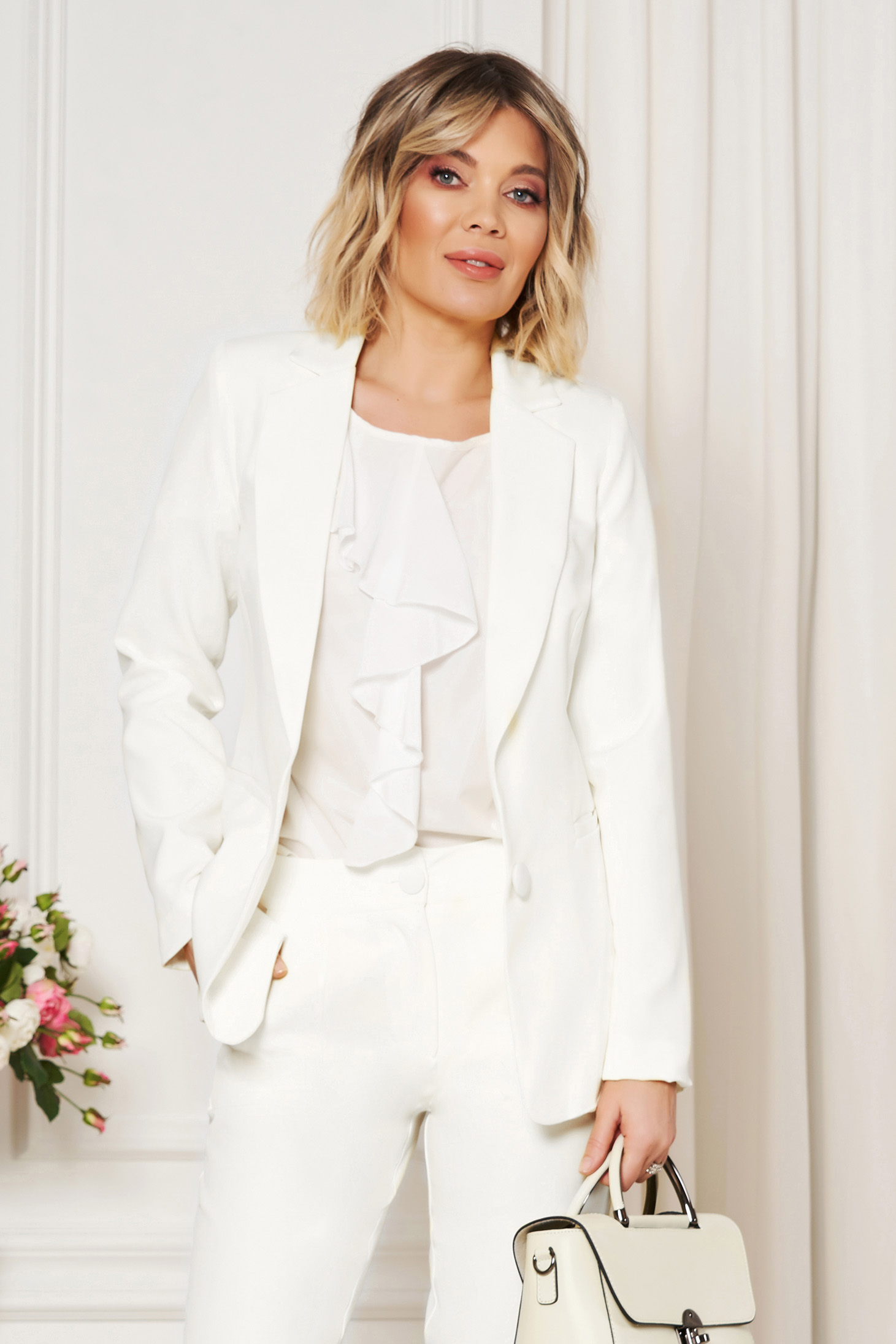 White jacket with inside lining office from non elastic fabric arched cut