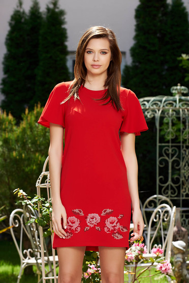 StarShinerS red elegant flared embroidered dress from elastic fabric