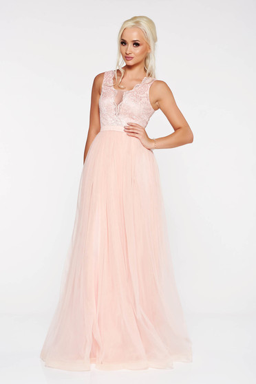 LaDonna peach occasional dress from tulle with lace details with inside lining with sequin embellished details