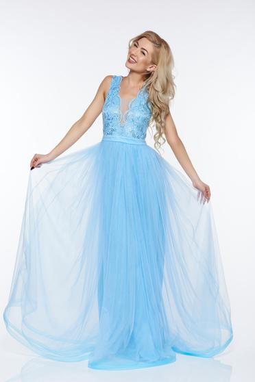 LaDonna lightblue occasional dress from tulle with lace details with inside lining with sequin embellished details