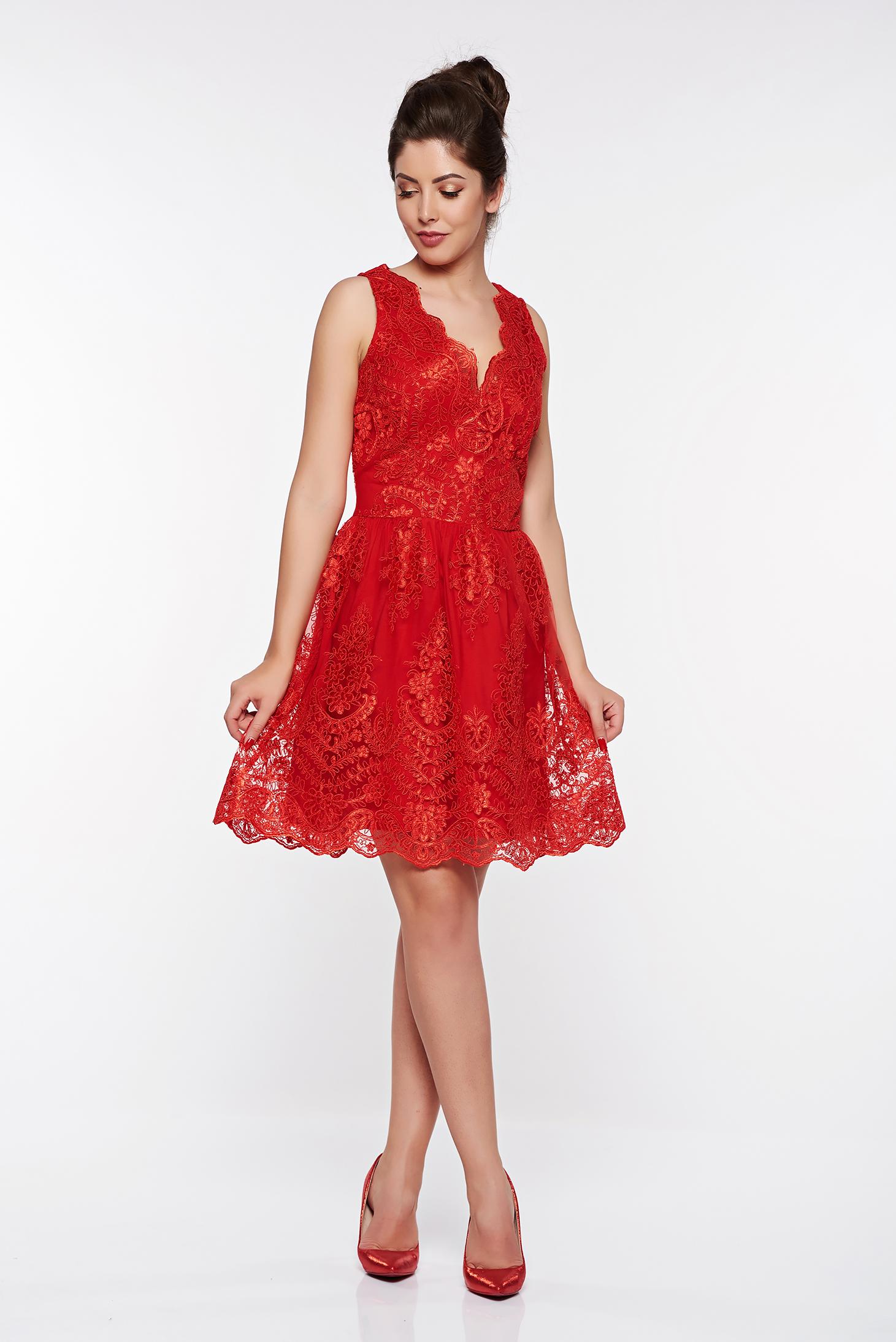 6c80fbb839 Piros LaDonna alkalmi harang ruha csipkés anyagból belső béléssel