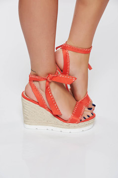 Coral casual sandals from ecological leather braided platform details