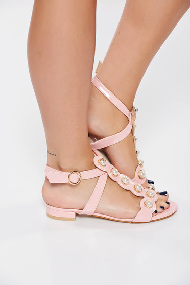 Pink elegant sandals with pearls from ecological varnished leather