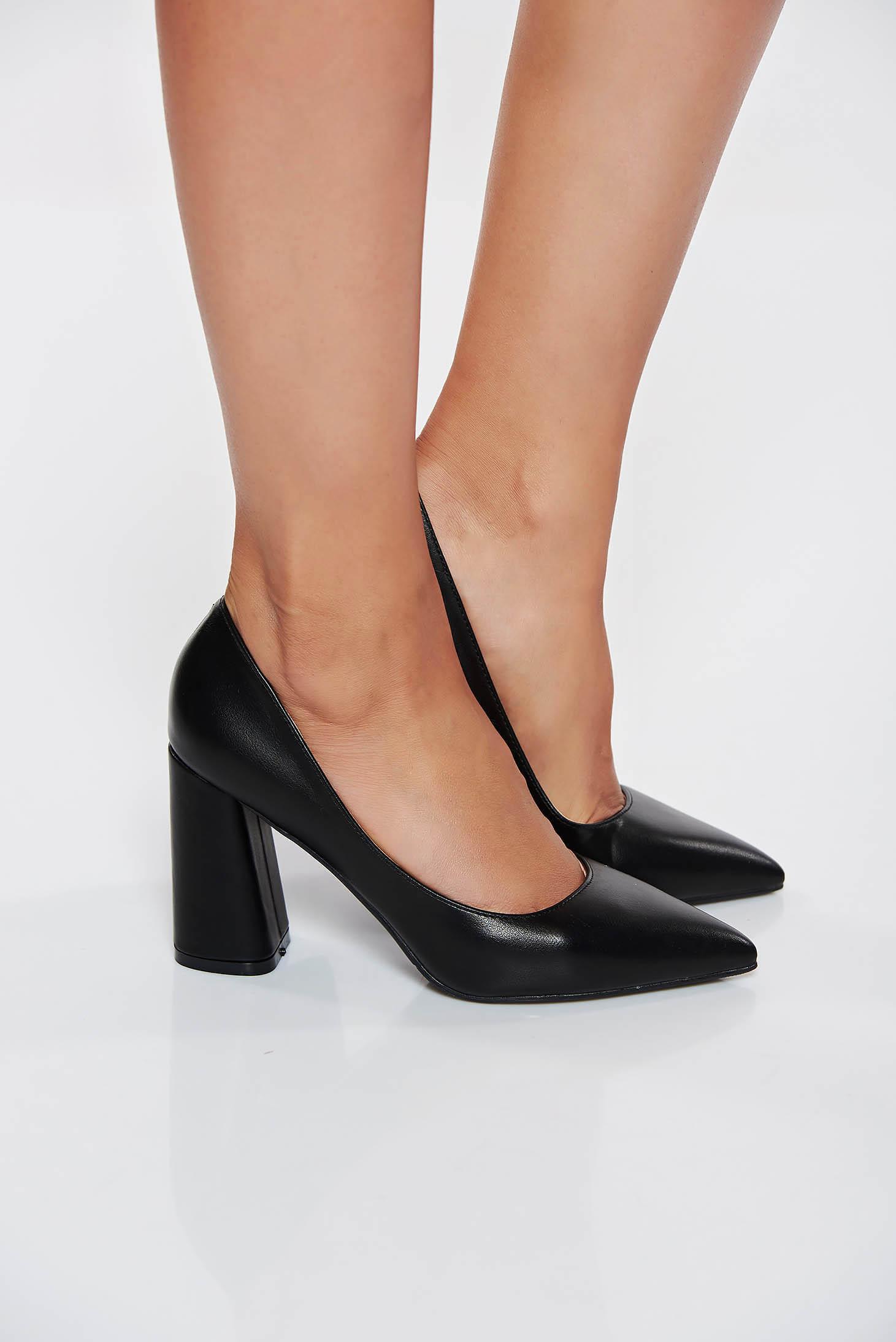 Pantofi negri eleganti cu toc gros din piele ecologica