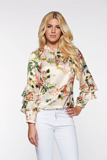 PrettyGirl elegant women`s blouse with easy cut with floral prints with ruffled sleeves cream