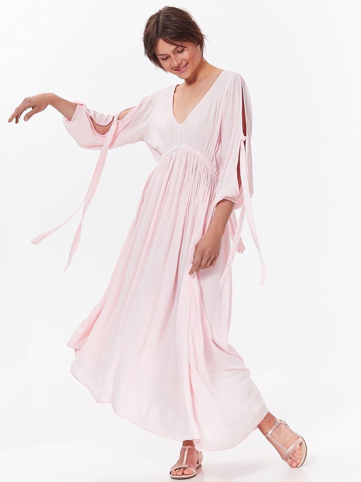 Rochie Top Secret roz de zi asimetrica cu croi larg din material vaporos cu decolteu in v
