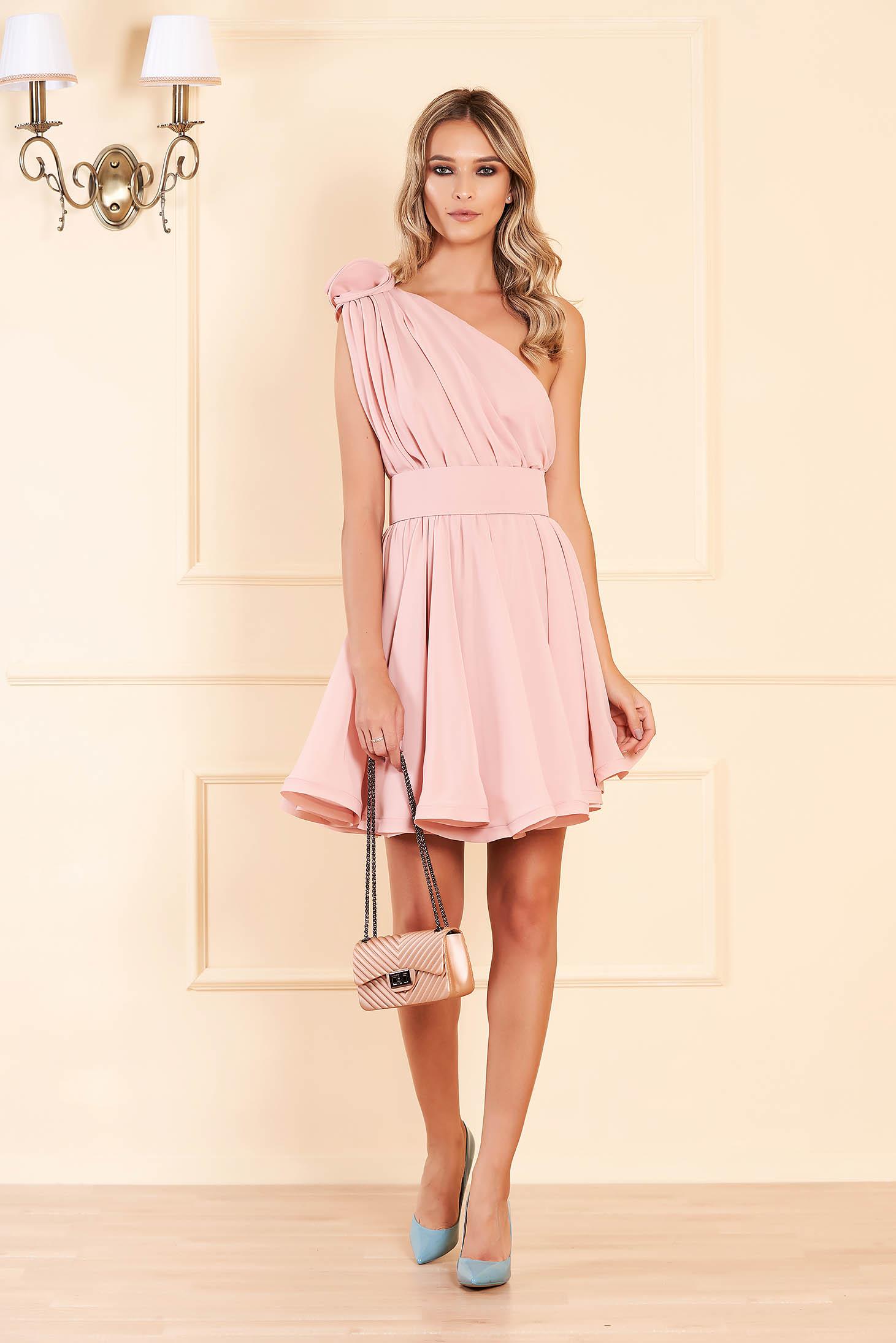 Világos rózsaszín Ana Radu egy vállas harang ruha fátyol belső béléssel
