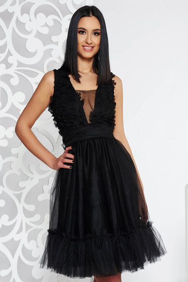 Fofy black occasional cloche dress from tulle with inside lining with v-neckline