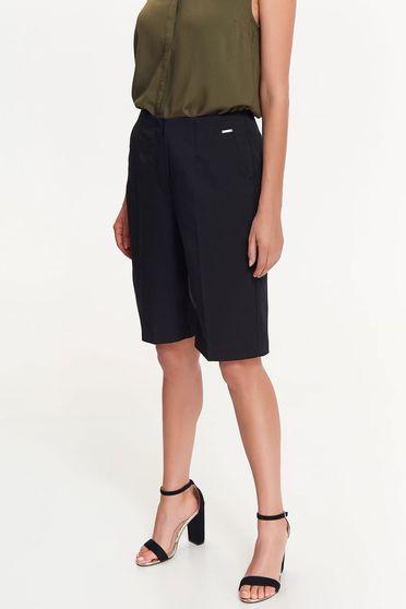 Top Secret black short elegant with medium waist slightly elastic fabric knee-length