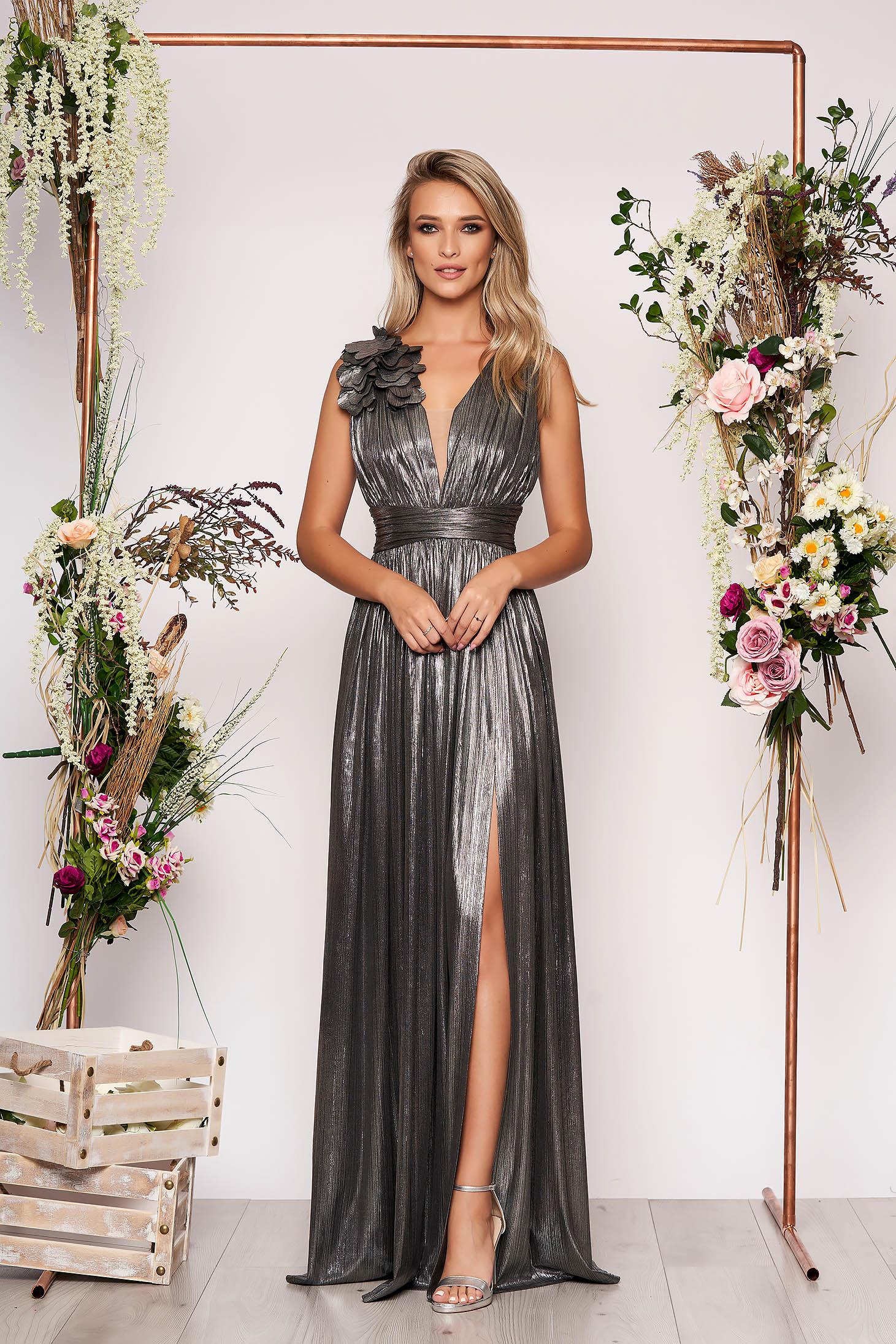 Ezüst LaDonna alkalmi harang ruha fényes anyagból virágos díszekkel